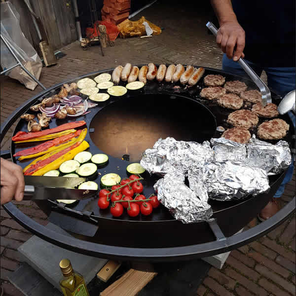 vuurschaal-grillplaat-Cookking-80cm-sfeer